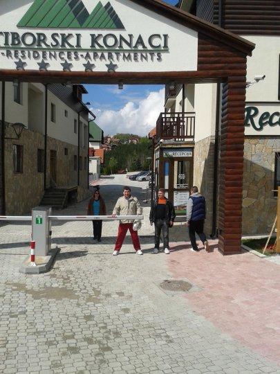 Zlatiborski Konaci Skroz Opremljen Apartman Nekretnine